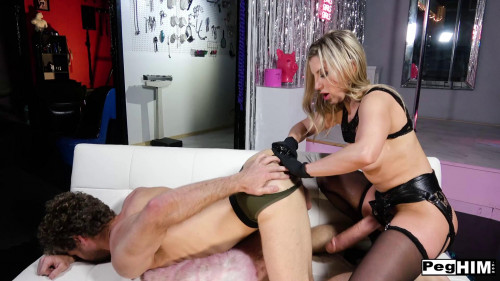 Femdom and Strapon Ashley Fires fisted