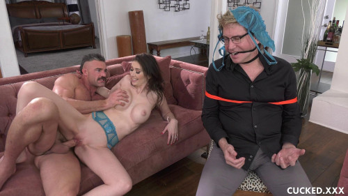 Femdom and Strapon Angelina Diamanti - Sign The Trust To Me You Limp Dick (2020)