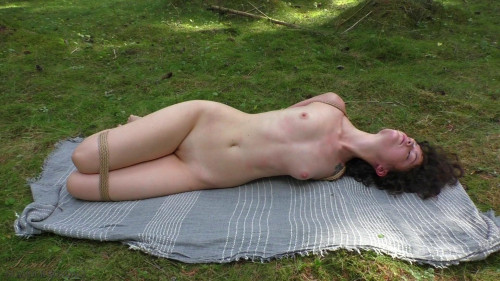 BDSM Yana bound in the forest