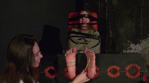 BDSM HD Bdsm Sex Videos Tickle therapy for a new patient Elizabeth