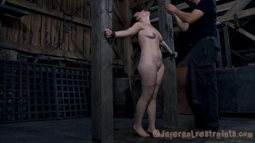 BDSM Moaning Maggie