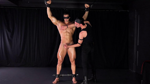 Gay BDSM Stefano - Blind Muscle - Chapter 2