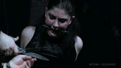 BDSM Miranda Suffers The Cruel Torments Of Her Captor