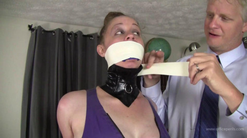 BDSM Latex Pepper Sterling : Punished in Latex