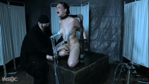BDSM Juliette March Chooses The Wrong Fertility Doctor