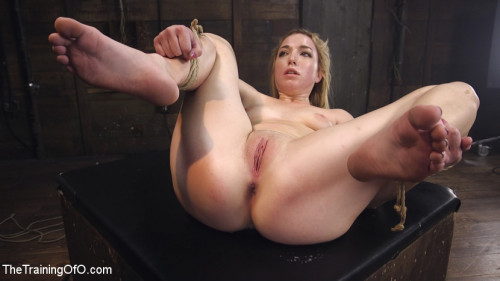 bdsm Training an Obedient, Squirting Whore