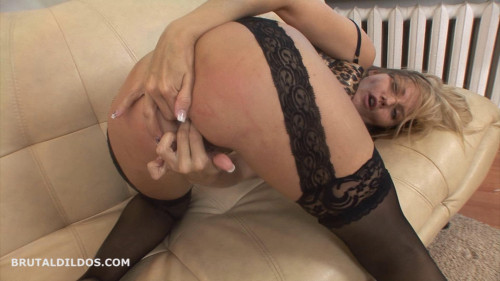 Fisting and Dildo Kate 2