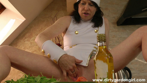 Fisting and Dildo Anal cooking lessons (2014)