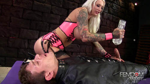 Femdom and Strapon Rachael Rampage Immobilized and Edged
