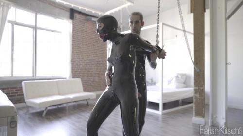 BDSM Latex Ingrid Strappado