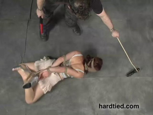 bdsm Mal and Roxy