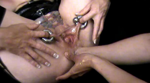 Fisting and Dildo Amateur fisting compilation