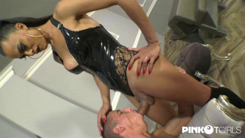 Hot Tranny Breaks A Boy'S Ass