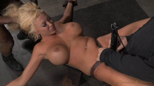 BDSM Summer Brielle