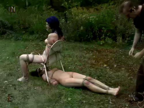 BDSM Insex - Escape (Models 731, Betty)