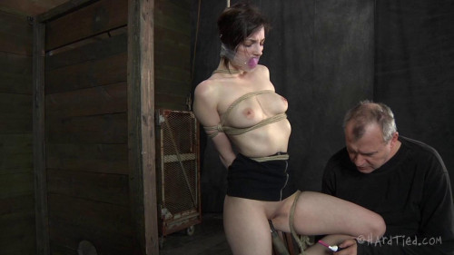 BDSM Tegan Mohr