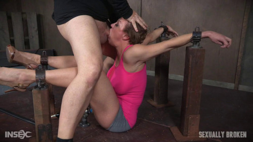 bdsm Dee Williams Shows Off Amazing Cock Sucking Skills in Bondage