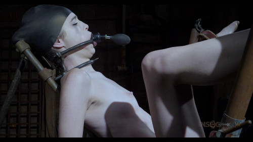 BDSM One of her best features is on the chopping