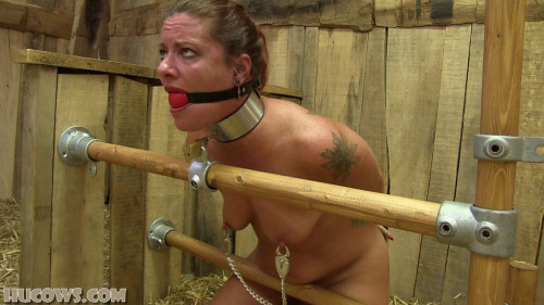 BDSM Fayth – first milking session