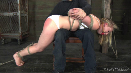 BDSM HT - Houdini Trapped - Tracey Sweet and Cyd Black