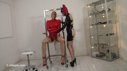 BDSM Latex Piss Pants - Anna Rose and Dirty Mary