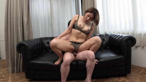 Debut Fuck With Asian Babe Erika Shiomi
