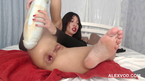 Fisting and Dildo Hotkinkyjo fucking her anal gaping hole with Boss Hogg