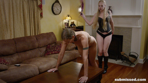 BDSM At Home with Delirious Hunter