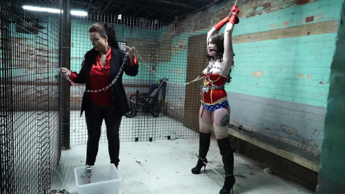 BDSM Amandas bad halloween 720p