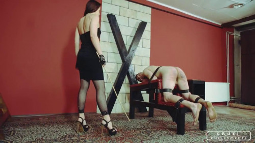 Femdom and Strapon Slave in trouble