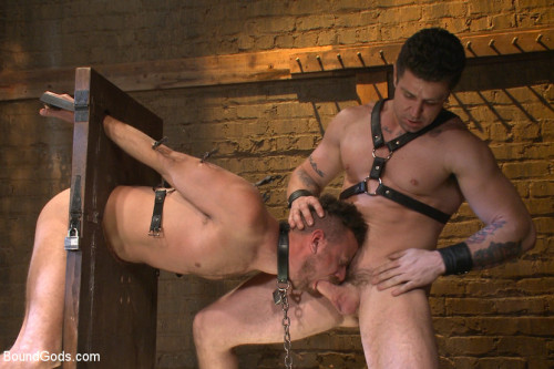 Gay BDSM Leon Fox a new sub endures the brutal hands for Mr Ducati