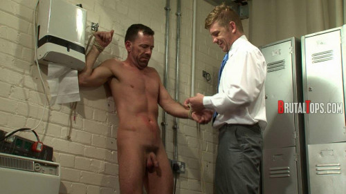 Gay BDSM Derek