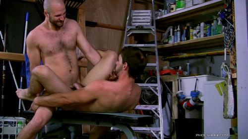 David Likes His Men Manly (David Chase and Joe Parker)