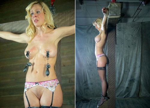 bdsm Hot sweetie likes to torture
