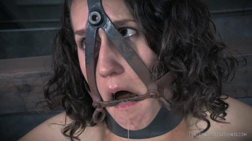 BDSM Bonnie Day Chatter Bitch Part 1