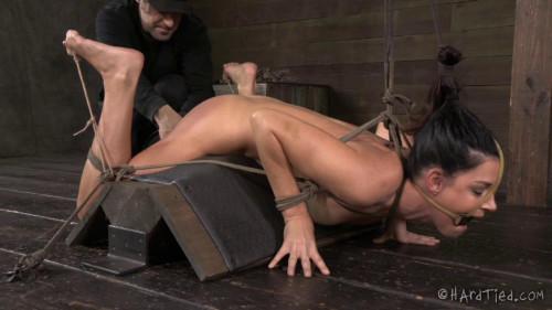 BDSM India Summer and Cyd Black