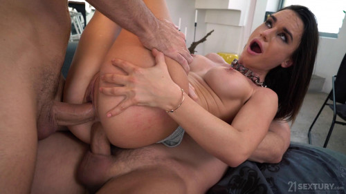 The Warmth Inside - Lana Roy