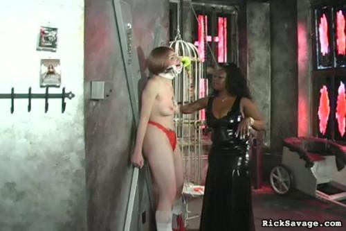 BDSM Latex Mistress Ruby Diciplines Slave Pt 71