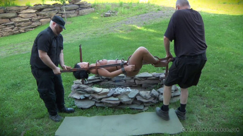 BDSM Outdoor Humiliation For Sweaty Slave London River