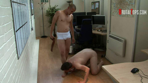 Gay BDSM juice down my smelly piss!