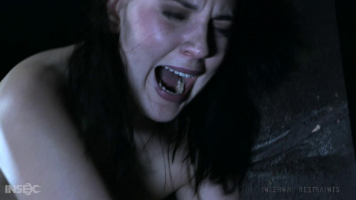 BDSM Miranda Miller - Beaming