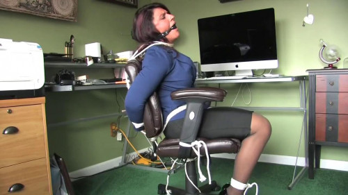 BDSM She wasnt planning on this