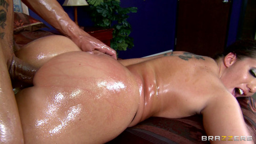 A Guy Lubricates Her Sexy Ass Very Well