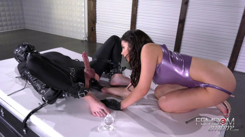 Femdom and Strapon Domina scoffs at his penis