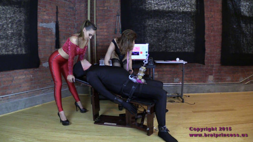 Femdom and Strapon Sasha Foxxx Cow Andy Milked without Mercy (2015)