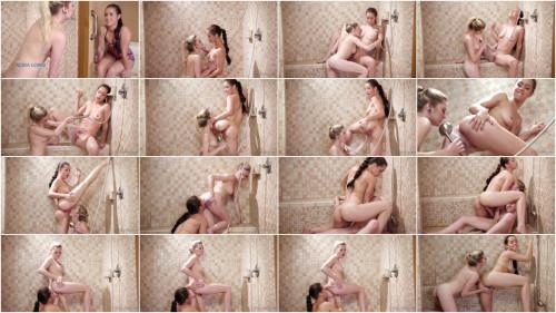 Lesbians A Friendly Shower (2018/1080p)