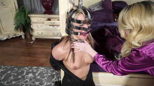 BDSM Amanda Thwarts Cat Burglar