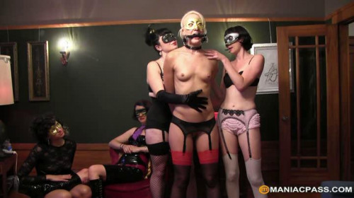 Femdom and Strapon All kinds of masked pleasures