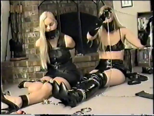 bdsm Self-Bondage Party