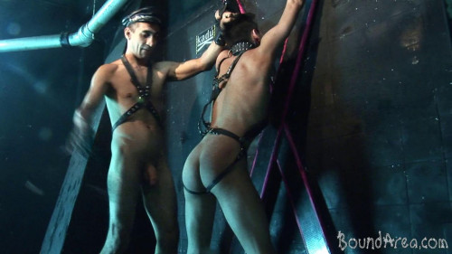 Gay BDSM Endure Oral and Anal